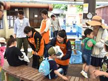 volunteer_03.jpg