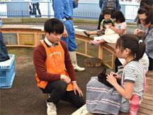 volunteer_04.jpg