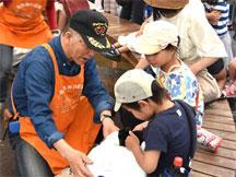 volunteer_05.jpg